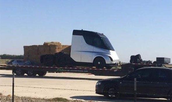Tesla kamyon prototip