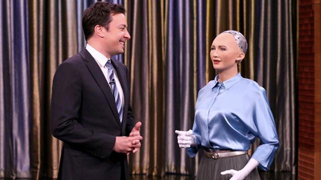Dünyanın İlk İnsansı Robotu Sophia