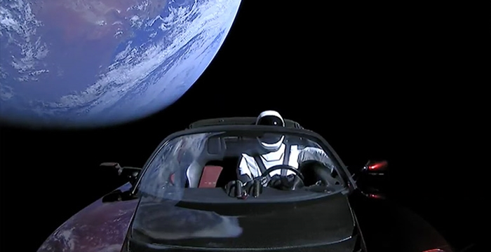 uzaydaki tesla aracı