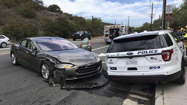 Tesla Laguna Beach Kazası 2