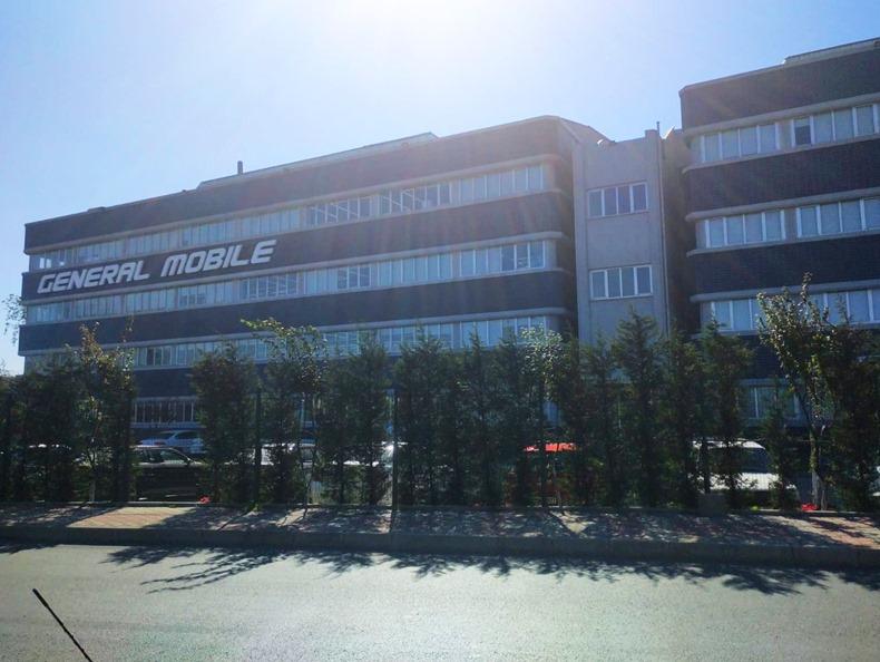 General Mobile Fabrika 4