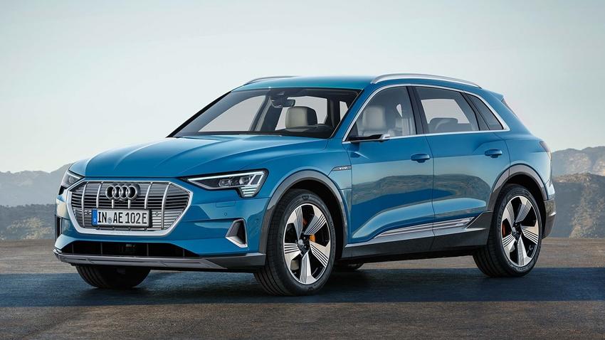Audi'nin Tamamen Elektrikli İlk Modeli E-Tron SUV ile Tanışın