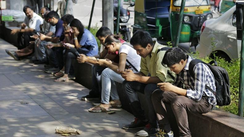 internet bağımlılığı gençler