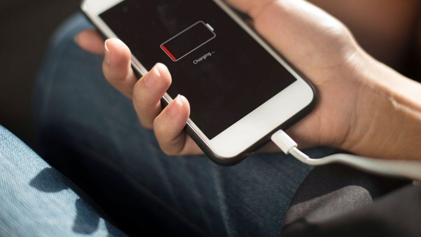 Telefonunuz Neden mi Yavaş Şarj Oluyor?