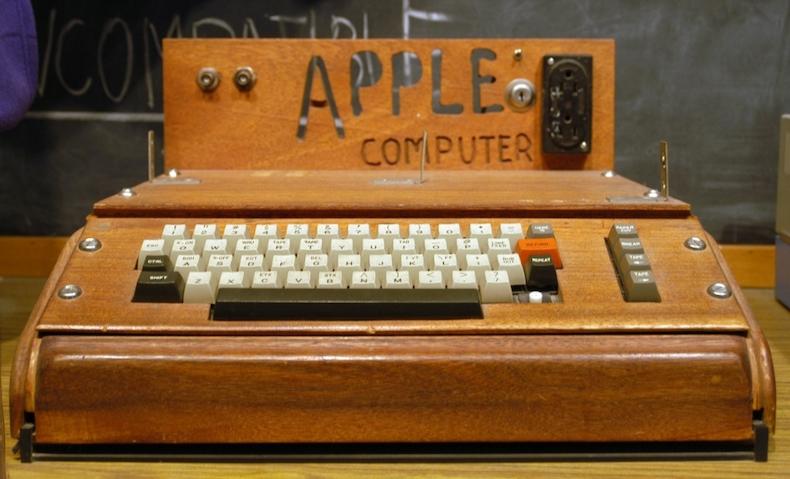 Apple – Apple I Computer (1976)