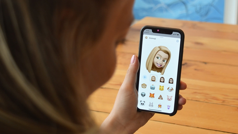 iOS 12.2 animoji
