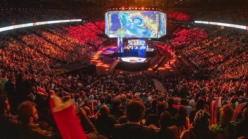 League of Legends Dünya Şampiyonası Finali'nde Rekor Kırıldı