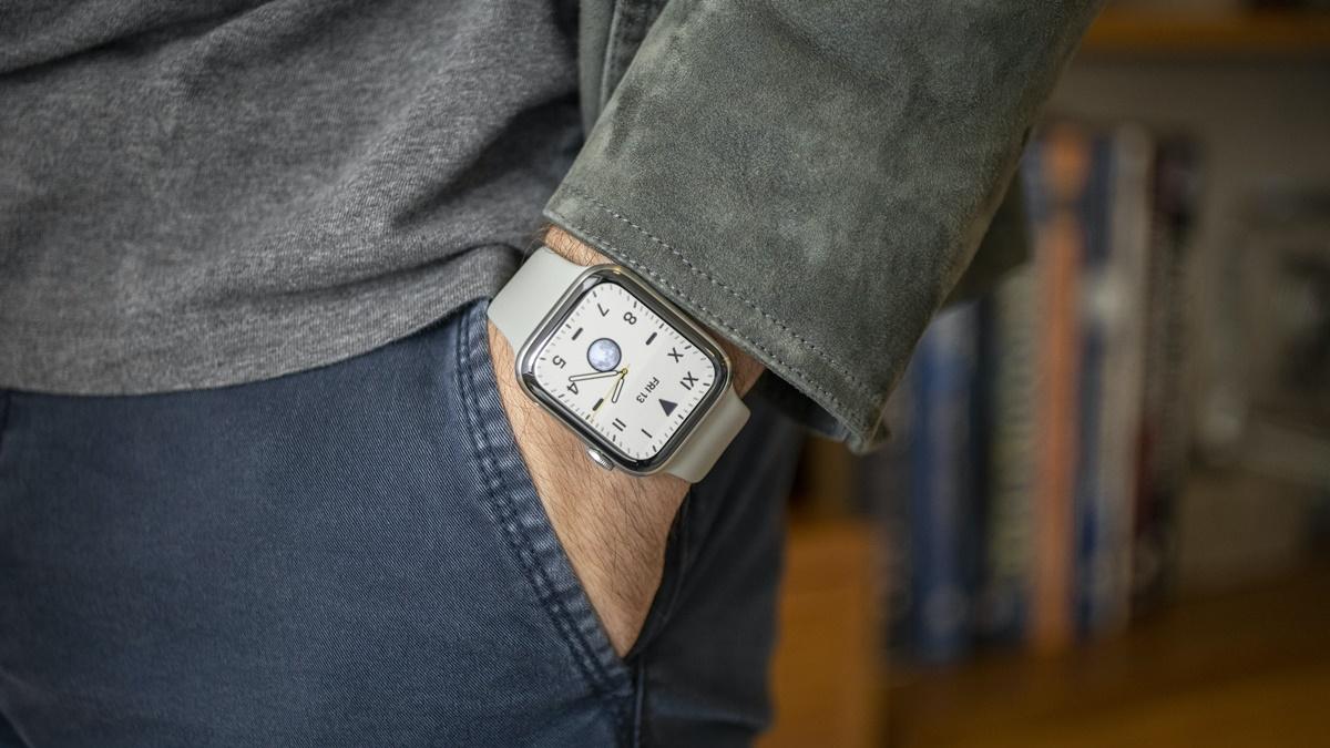 Apple Watch 5 vs Samsung Galaxy Watch 3 Kıyaslaması -3