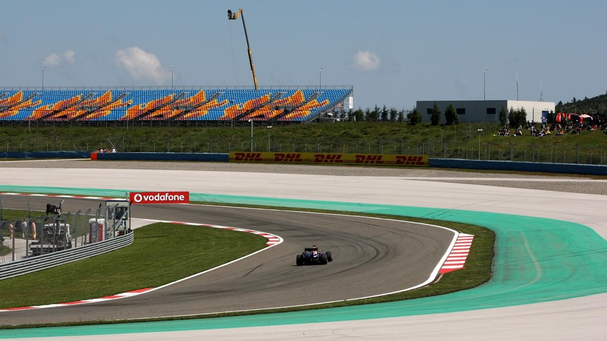 Formula 1 2021'de Türkiye Olacak mı? F1 2021 Takvimi Açıklandı