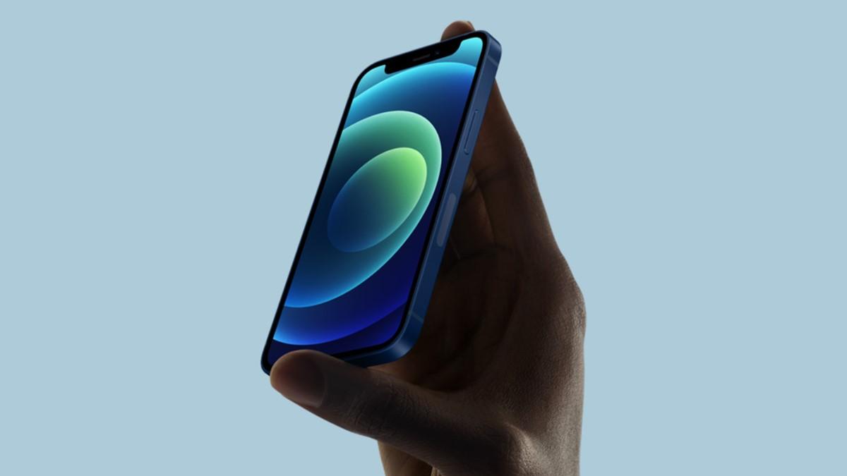 Samsung 2021'de Satılan iPhone'lardan Para Kazanacak!