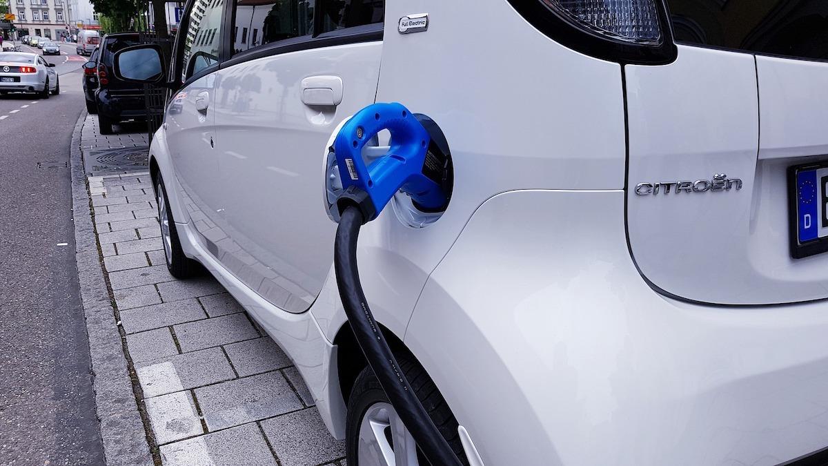 elektrikli-otomobillere-otv-zammi