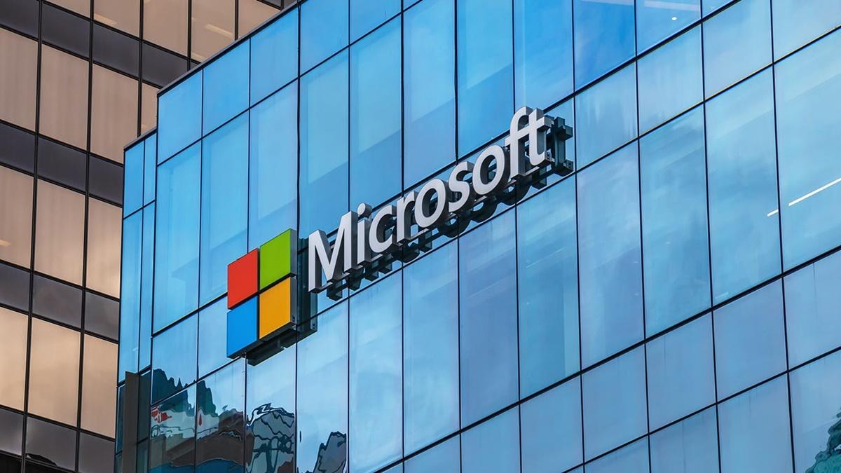 Bill Gates Microsoft Yönetim Kurulundan İhraç Edildi!