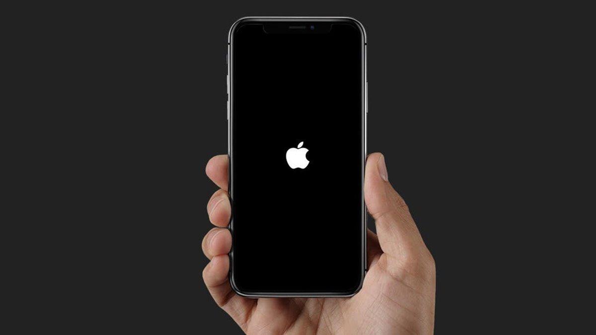 iPhone Apple Logosunda Takılı Kaldı Sorunu Nasıl Çözülür?