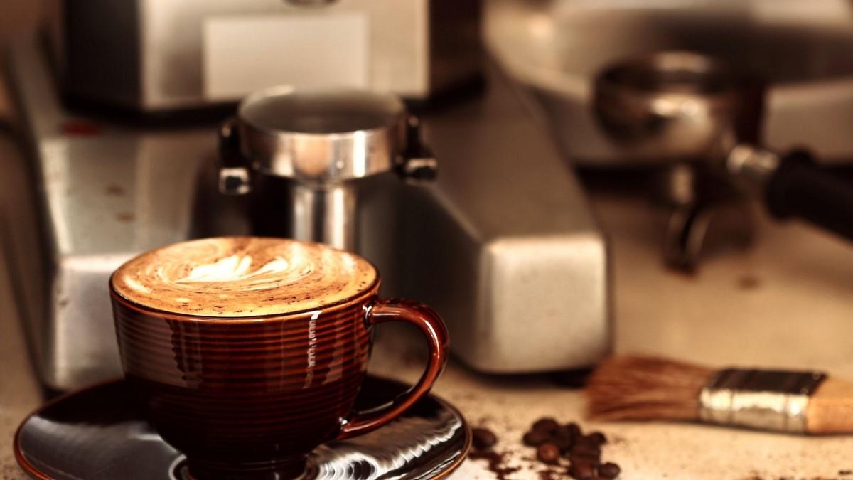 Kahveyi Dökmeden Taşımak Düşündüğünüzden Daha Zor