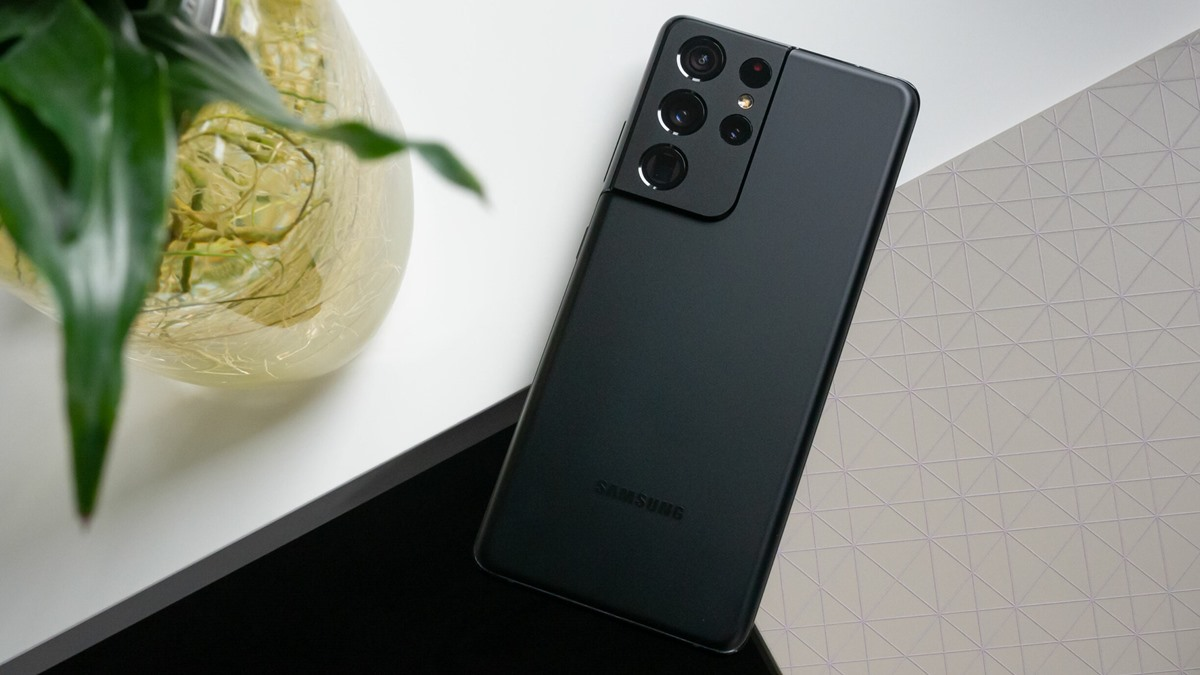 Samsung Galaxy S22 Ultra Hızlı Şarjda Vites Yükseltecek