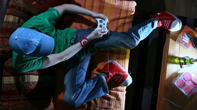 Çok Oyun Oynayanların Karşılaştığı 8 Ürkütücü Hastalık