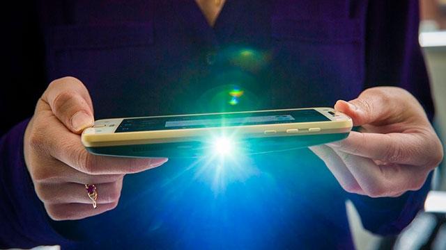 Birbirinden İlginç ve Benzersiz Özelliklere Sahip 5 Akıllı Telefon