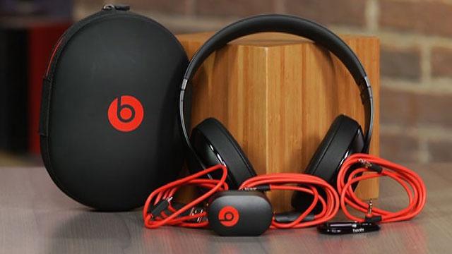 Apple, Patlayan Beats Kulaklıklar İçin Pilleri Suçluyor
