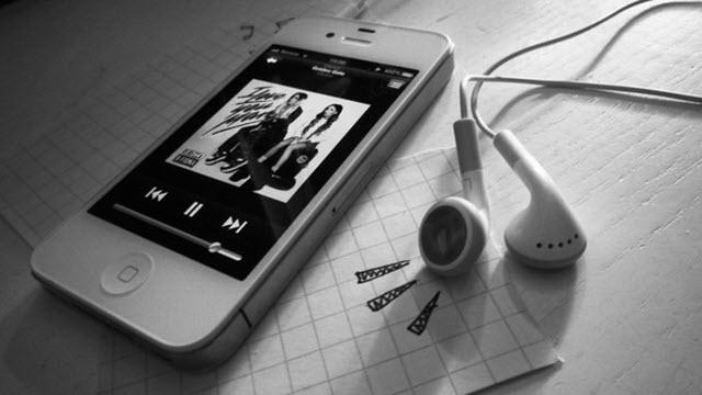 Bilgisayardan iPhone'a Müzik Nasıl Yüklenir?