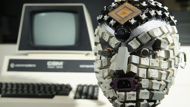 Evde Yüzüne Bakmadığınız Hurda Elektronikleriniz İnternette Kaç Paraya Satılıyor Biliyor musunuz?