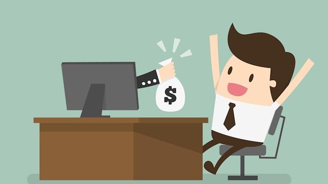 İnternetten Para Kazanacağınızı İddia Eden Ama Tamamen Yalan Olan Teklifler