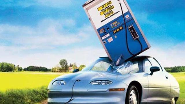 Petrol Baronları Elektrikli Arabaları Yok Etmek İçin Kolları Sıvadı
