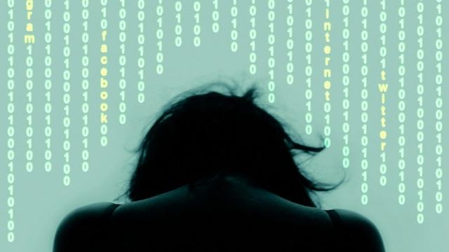 Teknolojinin Bizi Depresyona Sürüklediği 5 Nokta