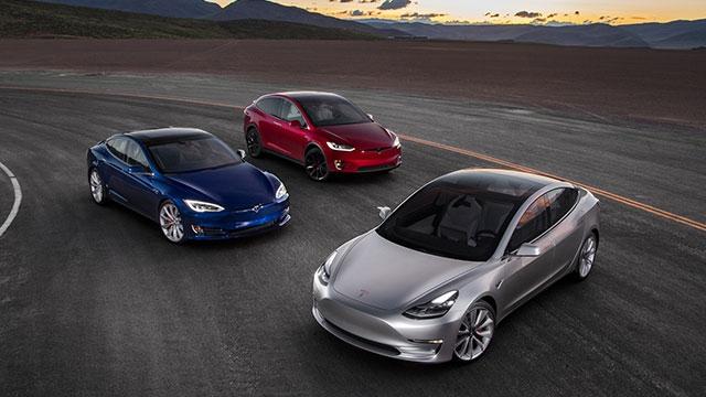 Tesla Otomotiv Endüstrisini Nasıl Değiştirdi?