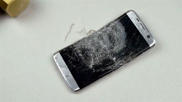 Galaxy S7 Piyasaya Çıktığına Pişman Oldu, İşte S7'ye Yapılan İşkence Görüntüleri