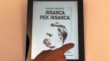 iPad İçin Kitaplık Uygulaması