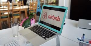 Airbnb, Yemek Rezervasyonuna Başladı