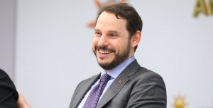 Enerji Bakanı Albayrak: 'Yaz Saati Uygulaması Devam Edecek'