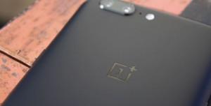 OnePlus 5T Geliyor!