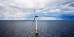 Dünyanın İlk Yüzen Rüzgar Çiftliği Üretime Başladı