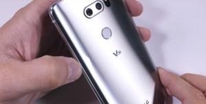 LG V30, Sağlamlık Testinden Tam Not Aldı!