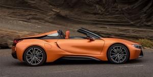 Hibrit Spor Otomobil BMW i8'in Üstü Açılabilen Versiyonu Tanıtıldı