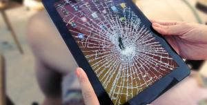 Akıllı Telefonlar için Kırılmayan Ekran Sonunda Geliştirildi