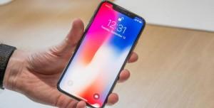 Apple, Samsung'un Ana Vatanında Rekor Satış Gerçekleştirdi!