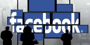 """Facebook'tan Şaşırtan İstek: """"Çıplak Fotoğraflarınızı Bize Gönderin"""""""