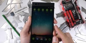 Razer'ın Yeni Akıllı Telefonunun Ne Kadar Dayanıklı Olduğu Test Edildi