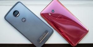Motorola ve HTC'den Telefon Yavaşlatma Açıklaması