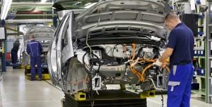 Elektrikli Otomobil Bir Milyon Kişiye İş İmkanı Verecek