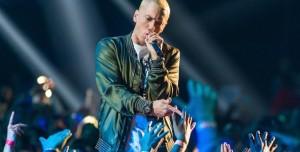 Eminem, Sevgililerini Tinder'dan Buluyormuş
