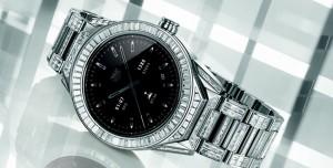 TAG Heuer, Elmas Kaplamalı 200 Bin Dolarlık  Akıllı Saatini Tanıttı