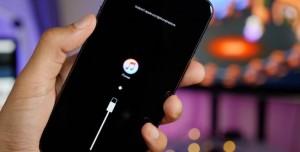 """iOS 12 Beta'dan iOS 11'e """"Veri Kayıpsız"""" Geri Dönüş (Downgrade) Rehberi"""