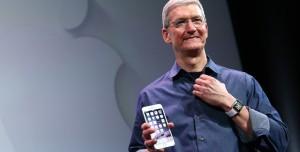 Apple CEO'sundan 5 Milyon Dolarlık Bağış