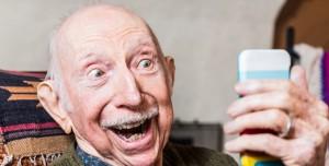 Tuşlu Telefon Kullanan Dede ve Ninelerimizi Şaşırtacak 7 Teknoloji