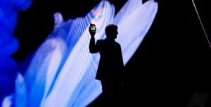 Samsung Katlanabilir Ekranlı Telefon Modelini İlk Kez Gösterdi