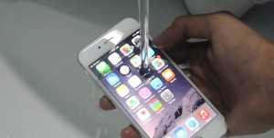 Önümüzdeki Yıllarda iPhone'lar Tamamen Su Geçirmez Olabilir