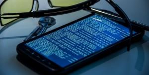 Akıllı Telefonlarınız Gizliliğinizi Nasıl İhlal Ediyor?